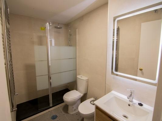 Baño apartamento Pinar de Chamartín Madrid